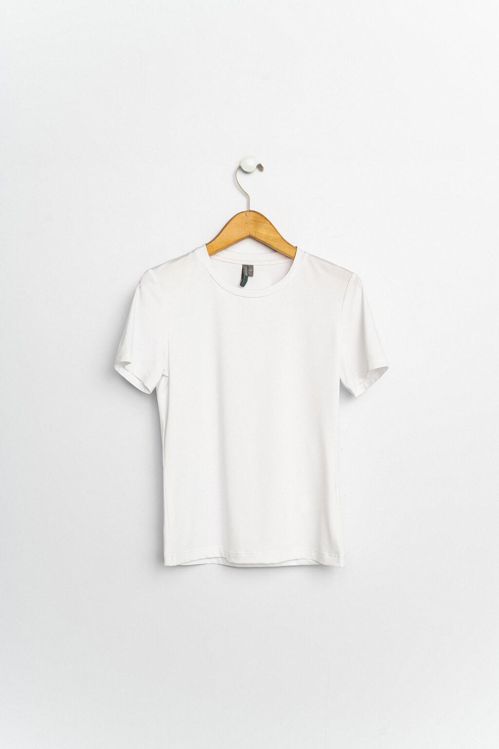 футболка спортивная женская