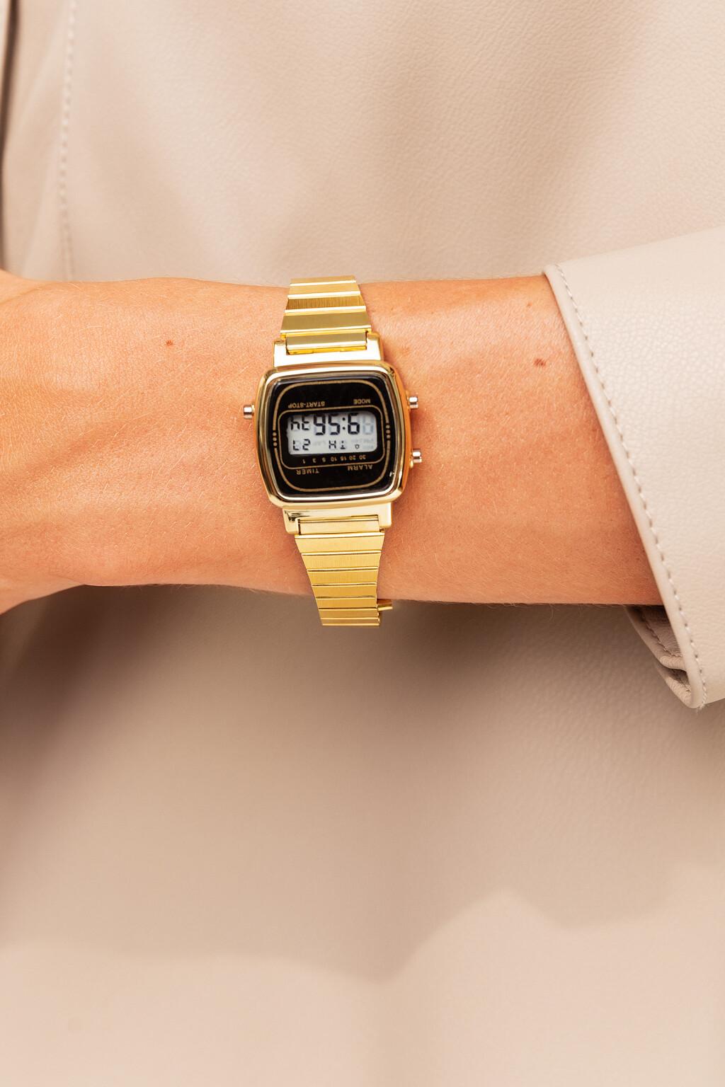 часы наручные для взрослых